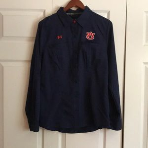 Under Armour Tops - Under armor fitted shirt heat gear
